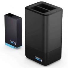 Зарядний пристрій для двох акумуляторних батарей MAX DualBatteryCharger+Battery (ACDBD-001-EU)